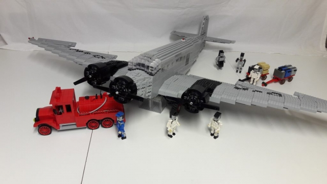 JU 52 mit Bodenpersonal